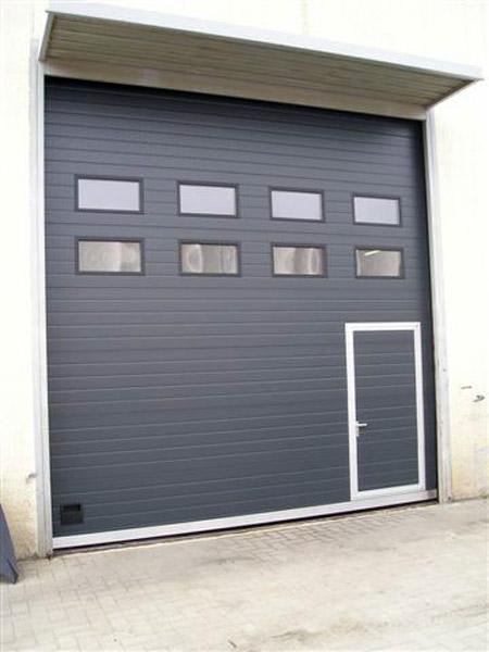 Portone sezionale carpi correggio serrande porte garage for Costo aggiuntivo garage