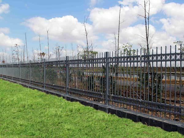 Prezzi-recinzioni-in-ferro-economiche-correggio